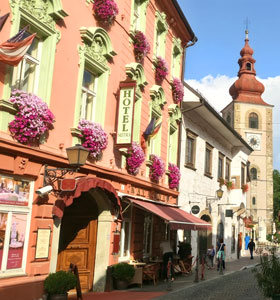 Stay at Hotel_Mitra in Ptuj