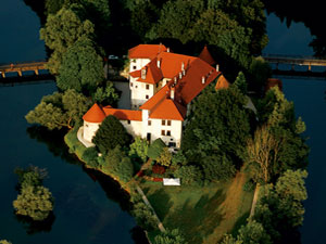 Stay at the Hotel Castle Otocec - sloveniaforyou